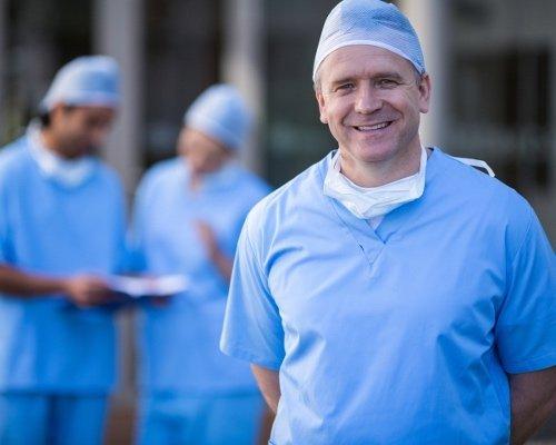 chirurgo ultraspecialista
