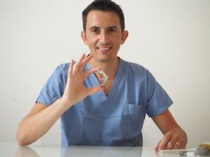 Dr. Biazzo Alessio, ortopedico protesi mininvasiva ginocchio