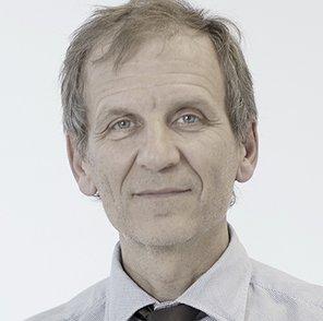 Antonio Alcaraz urologo
